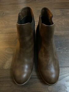Dorothy Perkins Brown Ankle Boots Size 6 - BRAND NEW