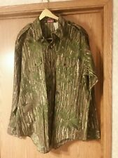 Realtree Green leaf Charles Daly button front hunting shirt. XL. NWOT. USA MADE