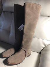 UGG S/N 1017344 Tan Tall Women's Boot SIZE 6 Knee High