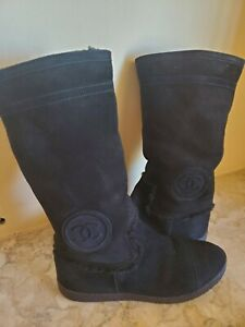 AUTHENTIC CHANEL BLACK SUEDE SHEARLING FUR  FLAT BOOTS CC LOGO SIZE 37/US 7