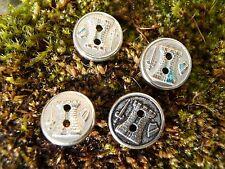 4 Anciens petits boutons décor Tour Blason Épée...