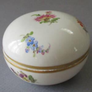 """Antique MEISSEN Porcelain Round 3"""" Trinket Box Colorful FLOWERS w Gilt Trim"""