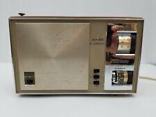 """Lloyds Solid State 15 Transistor AM/FM Radio 7N41E Nitemate AC/DC 8.5""""x5.5""""x2.75"""