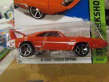 Hot Wheels '69 Dodge Charger Daytona HW Workshop Red