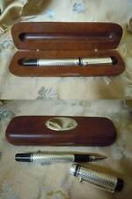 Importante Penna a Sfera in Metallo con cofanetto in legno con piastrina argento