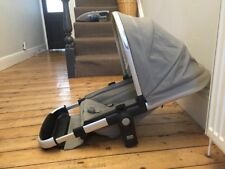 JOOLZ DAY EARTH ELEPHANT GREY MAIN SEAT WITH HOOD AND HARNESS