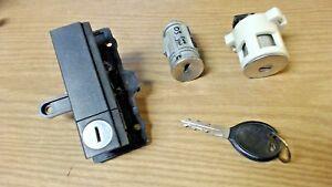 01-07 Dodge Caravan Ignition & Trunk Cylinders & Bin Under Seat - Lock Set w Key