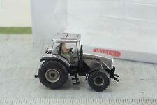 Wiking Massey Ferguson 8280 Agricultural Tractor w/ Driver Silver HO 1:87 Scale