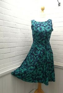 Laura Ashley Blue/Tourquoise Silk Floral pattern Fit and Flare dress size UK 8