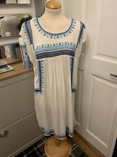 Mantaray Size 16, Fresh Looking Dress With Blue And Turquoise Stitching,worn Onc