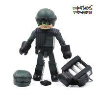 Terminator 2 T2 Minimates Resistance Soldier from Damaged Hunter / Killer Tank