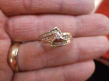"UNUSUAL VTG? LADIES 10K YELLOW GOLD & DIAMOND WEDDING RING SET, ""TRIANGLE"" MOUNT"