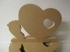 Cœur en bois avec pied de bébé. ex grand gratuit permanent de qualité.