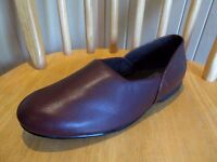 NEW CLARKS  Leather Mens SLIPPERS HOUSE Lounge Carpet SHOES KING ROSS Wine