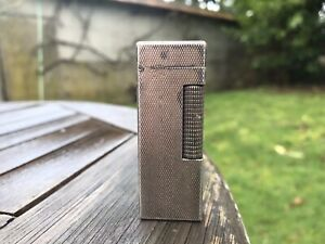 Briquet Dunhill Argent Ou Metal . Patented Made In Switzerland . Lighter