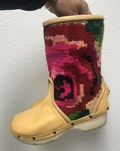 Gorgeous Rosa Mosa Boots Yellow Leather Wool Rose Design Size 37 US Size 6.5-7