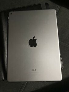 "Apple iPad Air 2 9,7"" 64GoWi-Fi Tablette - Argent"