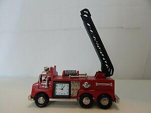 Fossil Quartz Firetruck Desk Clock