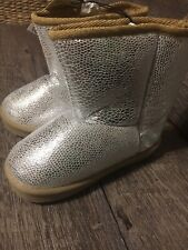 Toddler Girls Sz 9 Silver Winter Christmas Boots Nwt