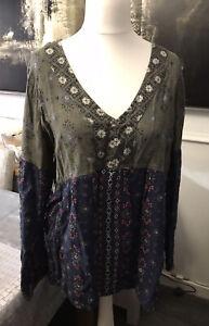 Pretty Ladies FAT FACE Tunic/Top Khaki & Blue Floral Size 16 Fabulous Condition.