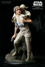 Star Wars Luke and Yoda Training on Dagobah Statue Sideshow