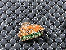 PINS PIN BADGE CAR TRACTEUR TRACTOR PELLE