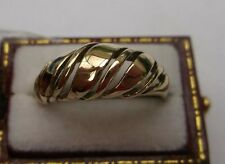 Vintage Men's/Women's Ring lovely condition Weight 2g Ring Size K 1/2 Hallmarked