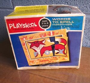 PLAYSKOOL Words to Match educational puzzle 1972 w/ box Spelling match-ups
