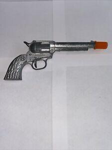Vintage Nichols Brave Miniature Toy Cap Gun Six Shooter