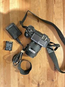 Olympus E 300 Digital Camera, built in flash, 14 - 45 lens, battery, charger