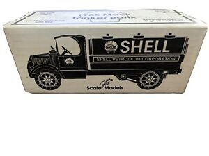 Vintage 1935 Mack Shell Tanker Bank HC-0233 Diecast