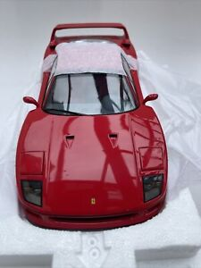 Ferrari F40 diecast model road sports car red 1987 1992 1:18 scale Kyosho 08411R