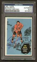 Stan Mikita signed autograph 1961-62 Topps PSA Slabbed
