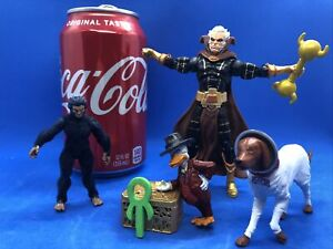 """SDCC MARVEL THE COLLECTORS VAULT COSMO, MOON BOY, COLLECTOR, HOWARD SCALE 3.75"""""""