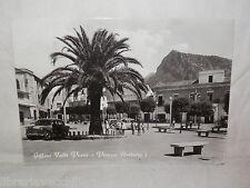 Vecchia cartolina foto d epoca di Giffoni Valle Piana Piazza Umberto I veduta