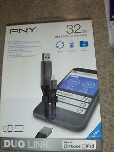 PNY Duo Link Sync & Charge w/ 32GB Storage USB 3.0 OTG Flash Drive - iPhone/iPad