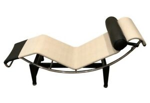 Authentic Cassina Italy LC4 Lounge Chaise