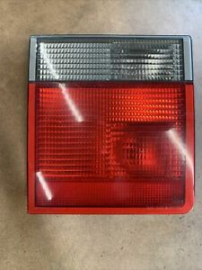 2000-2002 Range Rover Rear Passenger Inner Tail Light Lamp Assembly Right 2234G