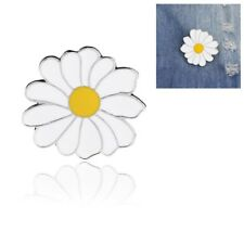 Fashion Women Girl Cute Metal Badge White Daisy Flower Enamel Lapel Pin Brooches