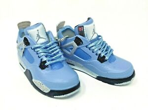 Hand Painted Retro OG Pair of 3D Mini Shoe Keychains Jordan 4 University Blue