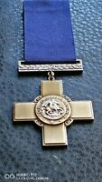 COLLECTABLE GEORGE CROSS GALLANTRY MILITARY AWARD WW2 ARMY MEDAL