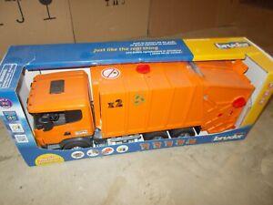 1/16th Scania R-Series Orange Garbage Truck 03560 Bruder