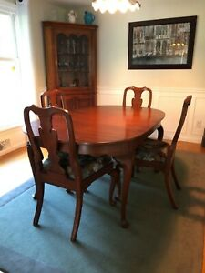 Henkel Harris Wild Black Cherry Dining Set Table, 3 leafs, 6 chairs (2 w/arms)