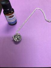 JORDAN Lavender Essential Oil And Necklace
