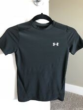 Boys Under Armour Youth large heat gear compression shirt black short sleeve
