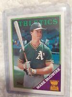 1988 Topps Mark McGwire Oakland Athletics #580 Baseball Card! NM/MT