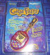 LAST 1> LAST GIGA FACES Giga Pets Electronic Keychain Game New Vintage Virtual