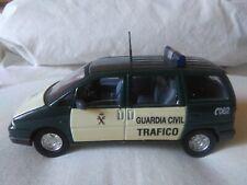 Antigua miniatura 1:43 Scale Carr PR042 Peugeot 806 Guardia Civil de Tráfico.