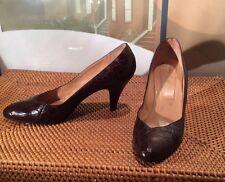 Ralph Lauren Collection womens Vtg. luxe dark brown Alligator pumps size 8AA