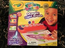 NEW! Crayola Mess-Free Color Wonder Magic Light Brush Toy of the Year 5+ Create!